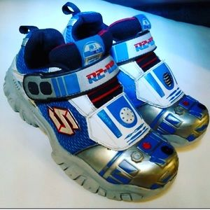 Star Wars R2-D2 Sketchers Boys Size 1